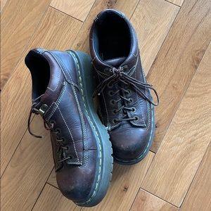 Vintage DrMarten Shoes brown leather 8 men's 9